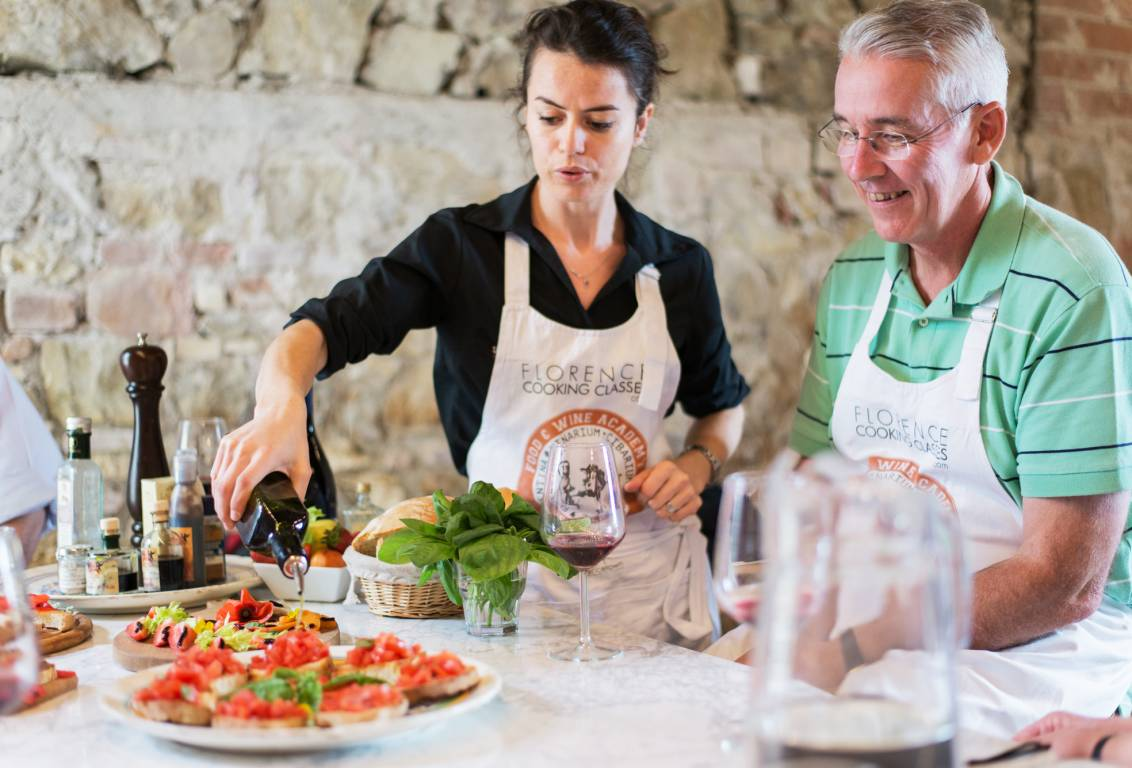 in the charming setting of tuscan countryside eat your own made gorgeous lunch and taste different Chianti wines