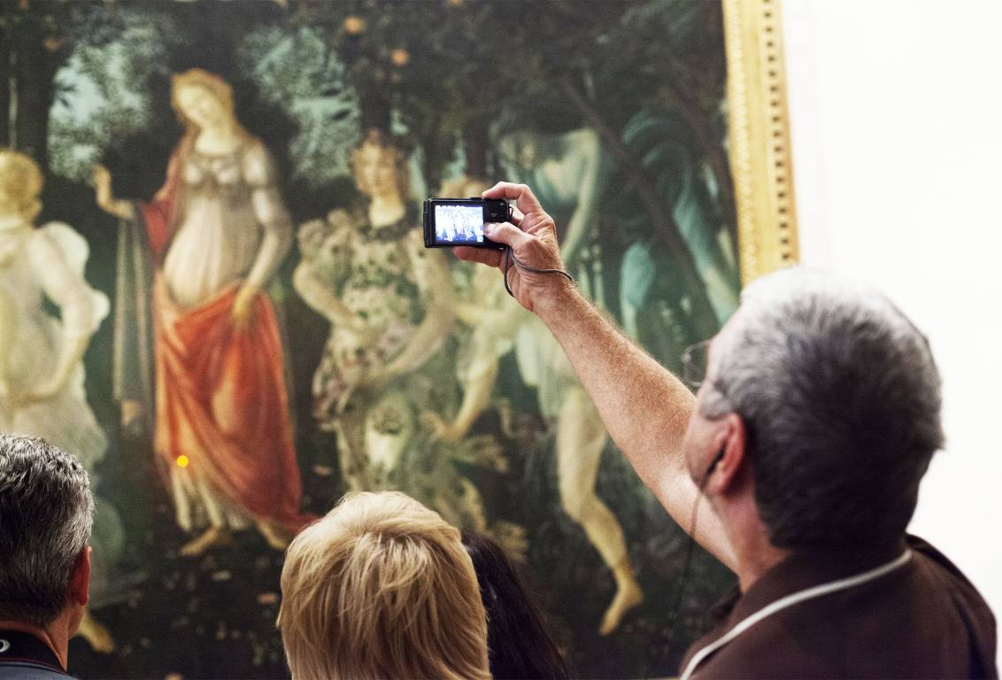 with our Uffizi tour the marvellous techniques behind the famous Botticelli's Primavera will be revealed