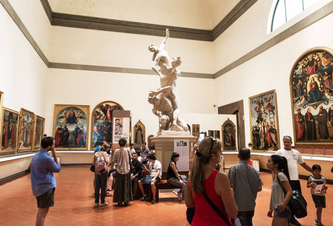 with this florence museum skip the line tour, discover all the masterpieces housed in the accademia gallery and Uffizi
