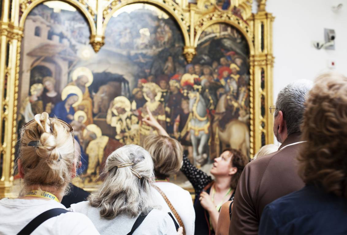 enter the magnificent Uffizi Gallery, Italy's most important museum, where you will enjoy 2 hour guided tour of the main rooms