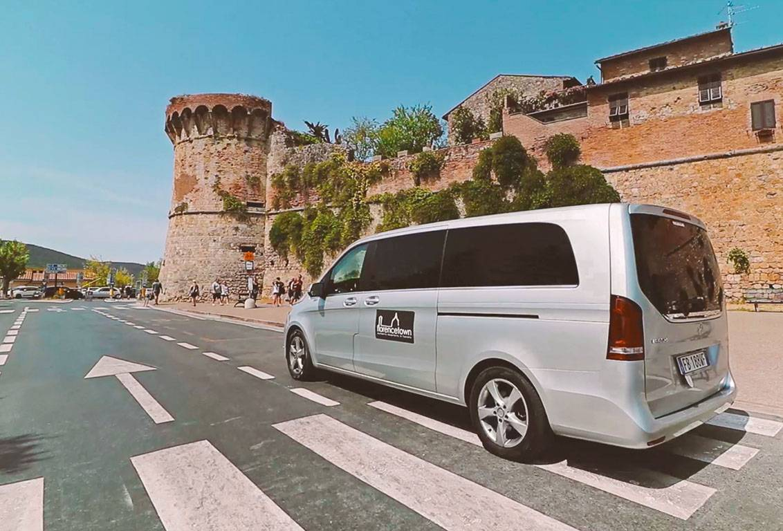 enjoy the tuscany grand tour in our comfortable air-conditioned minivan