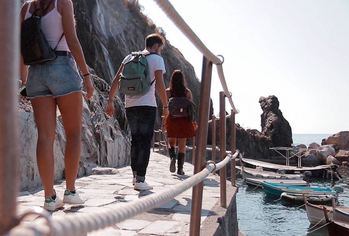 Our cinque terre one day tour will let you discover exclusive escapes avoiding the crowded main streets