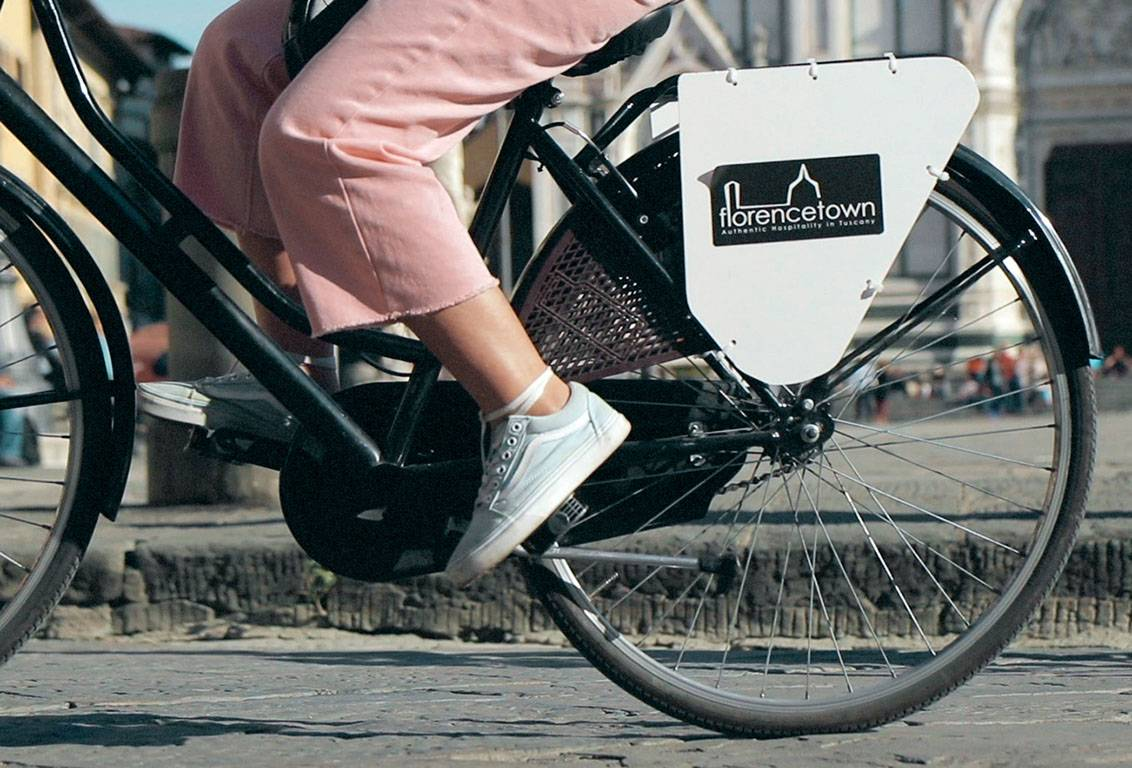 explore florence with our bike: vintage, well-maintained and comfort for bikers any age
