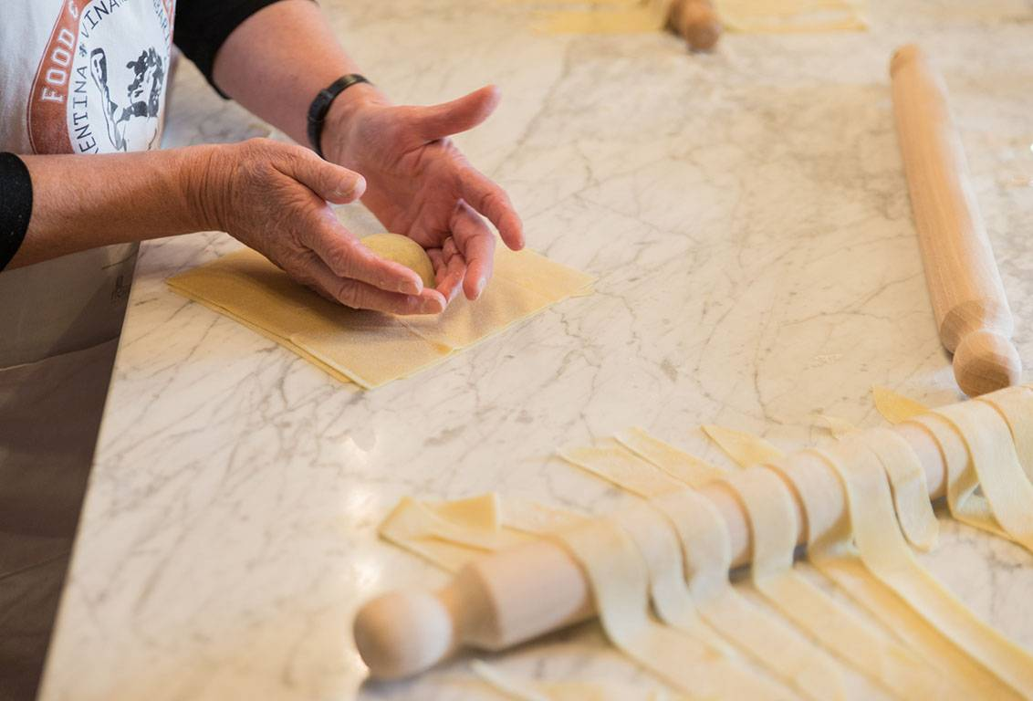 VIP Small-Group COOKING MASTER CLASS & Florence Historic Bottegas FOOD TOUR