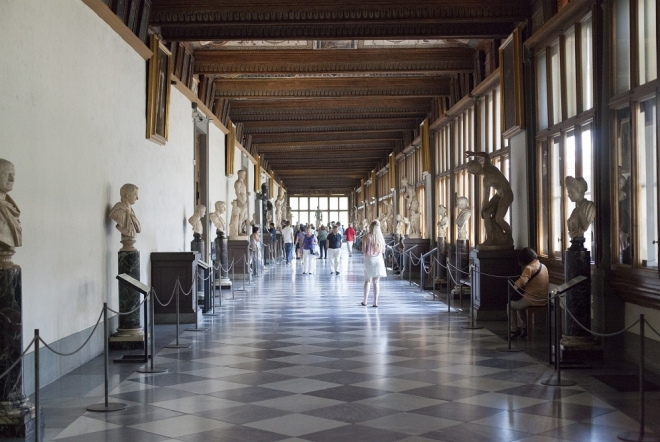 uncover the Uffizi gallery and vasari corridor secrets with an in-depth explanation by a professional guide