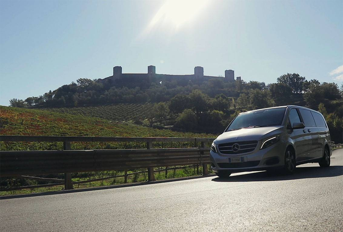 Visit the tuscan countryside with our one day tour starting from florence: enjoy the ride in our comfortable minivan with air conditioner