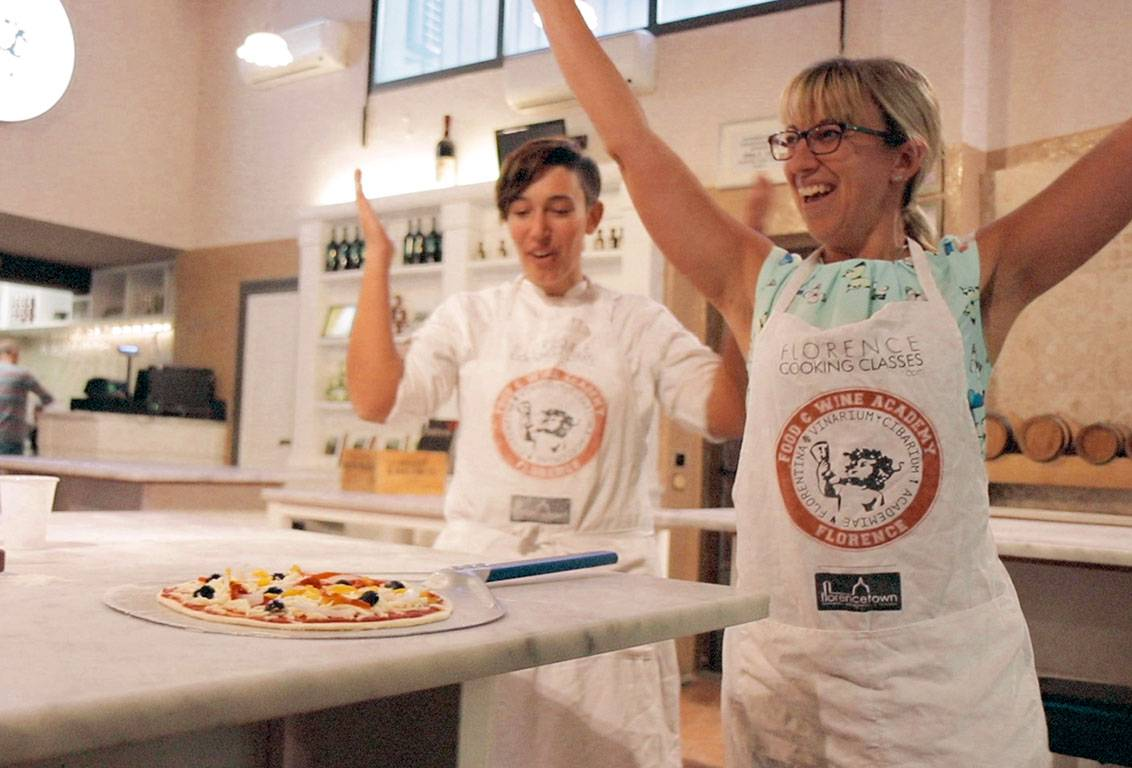 Have fun while learning how to make pizza and gelato in Florence, Tuscany