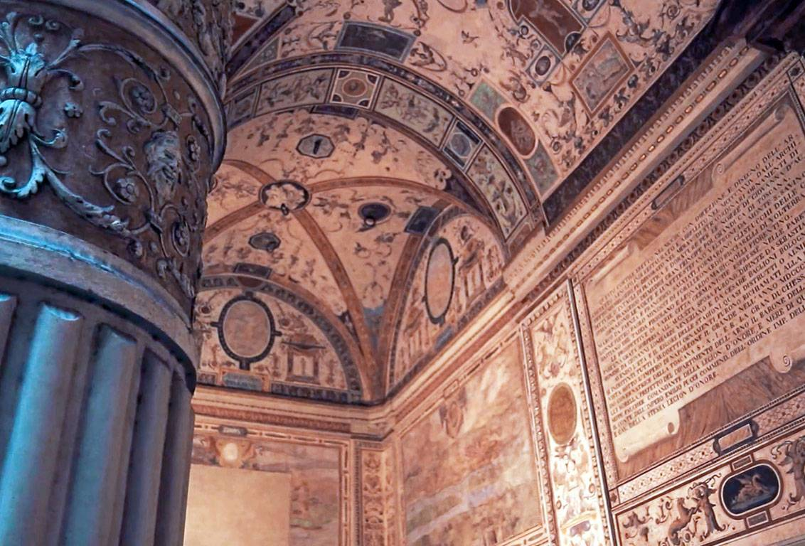 with our medieval florence tour explore the city visiting something new: Santa Reparata Crypt