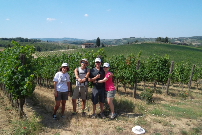 The itinerary of our tuscany hike tour includes many photo opportunities along the way and some interesting information about the history of the Chianti wine region