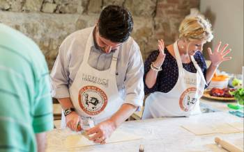 Italian cuisine will have no more secrets with our cooking class in tuscany