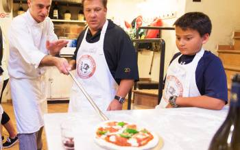 Make your own home made italian Pizza from scratch in a fascinating kitchen in the Tuscan hills