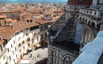 our florence duomo walking tour offers an exclusive visit of the Terraces, that are normally not open to the public