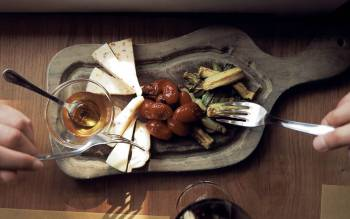 our tour from florence includes wine tastings in chianti countryside and a typical Tuscan meal