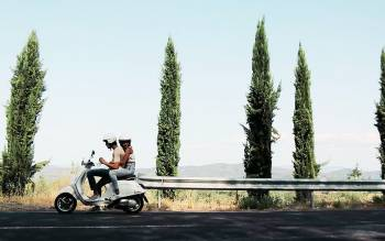 Tuscany by Vespa tour: drive through chianti countryside