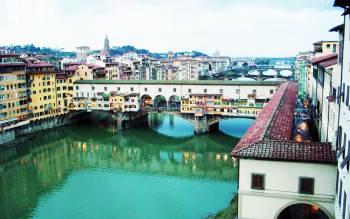 with the vasari corridor walking tour you will learn the history of the best kept secret of Florence