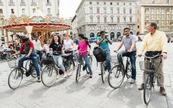 during our bike tours in Florence learn more with less effort