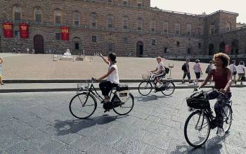 florence bike tours: explore the sites where the bus tours can't go, pedestrian areas and little tiny streets