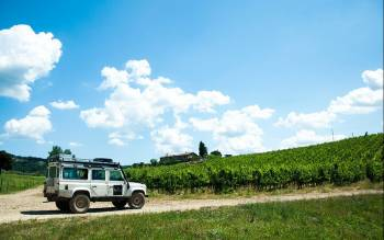full day Tuscan countryside tour from Florence with minivan and excursion aboard our Range Rover Defender